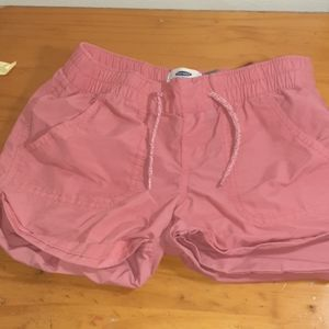 I'm selling one pair of shorts for girls